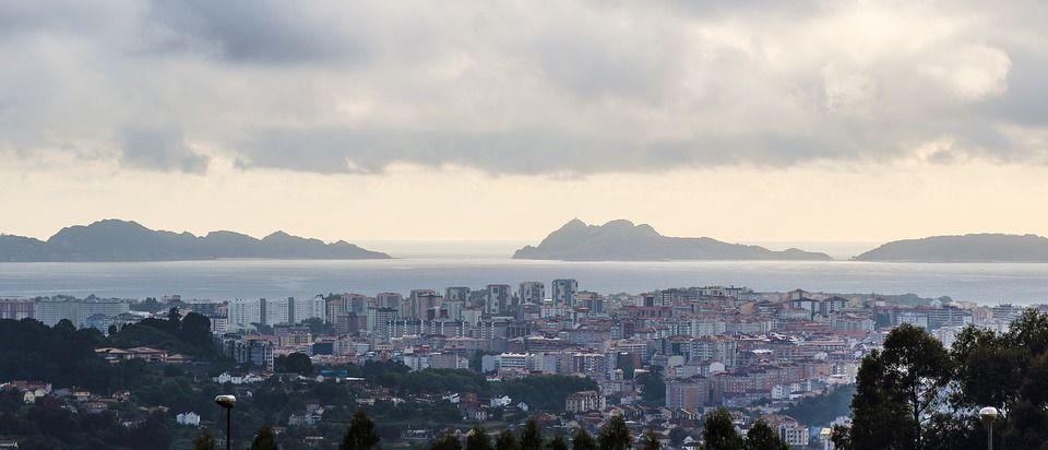 Ría de Vigo hoteles cerca de Cíes