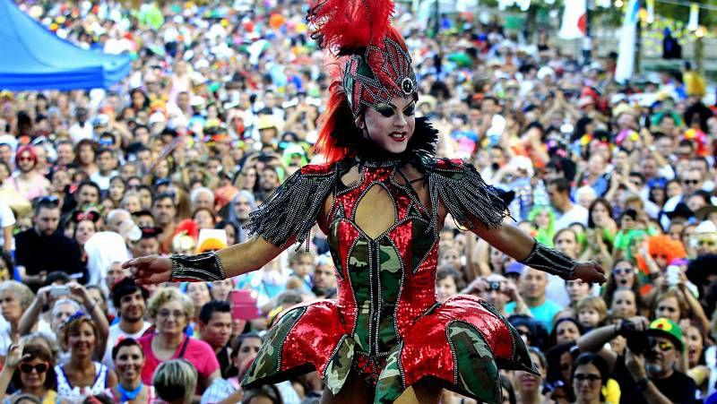 Fiesta del entroido en Redondela, ría de Vigo