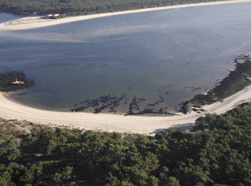 Planes por la ría de Pontevedra y la de Vigo_ Playa O Muiño.