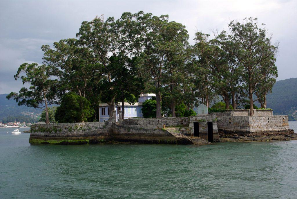 Visitar la isla de San Simón en junio