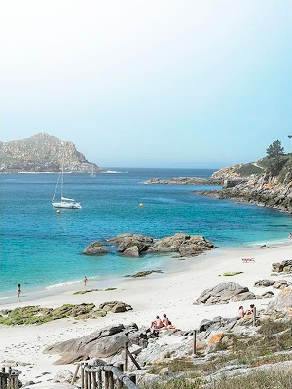 how to get to cies islands