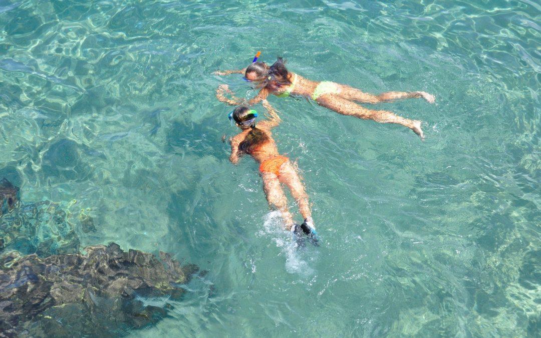 ¿Qué deportes acuáticos puedo practicar en Cíes?